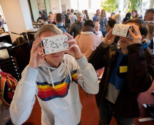 Teilnehmer beim Digital Summit für Lehrkräfte