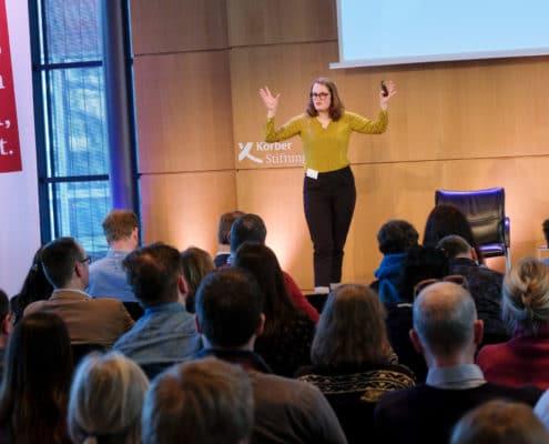 Svenia Busson beim Digital Summit für Lehrkräfte