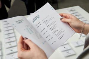 Flyer Übersicht Ablauf des Digital Summit 2020. Einer Lehrerkonferenz zum Thema Digitalisierung
