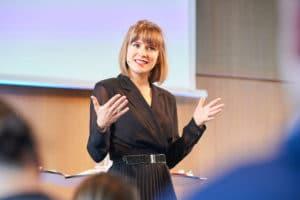 Keynote Speakerin Valerie Mocker auf dem Digital Summit 2020. Einer Lehrerkonferenz zum Thema Digitalisierung