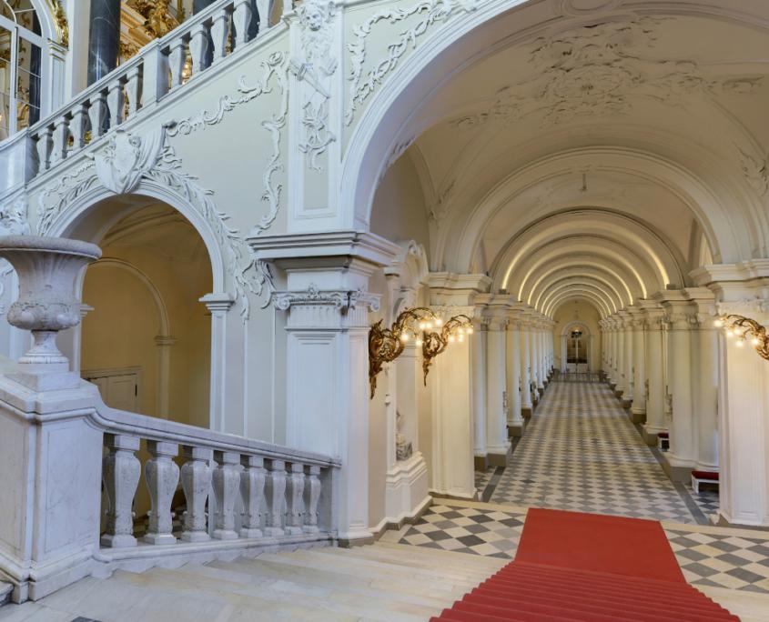 Allein mit ihrer Architektur versetzt die Eremitage in Staunen. © Eremitage Museum