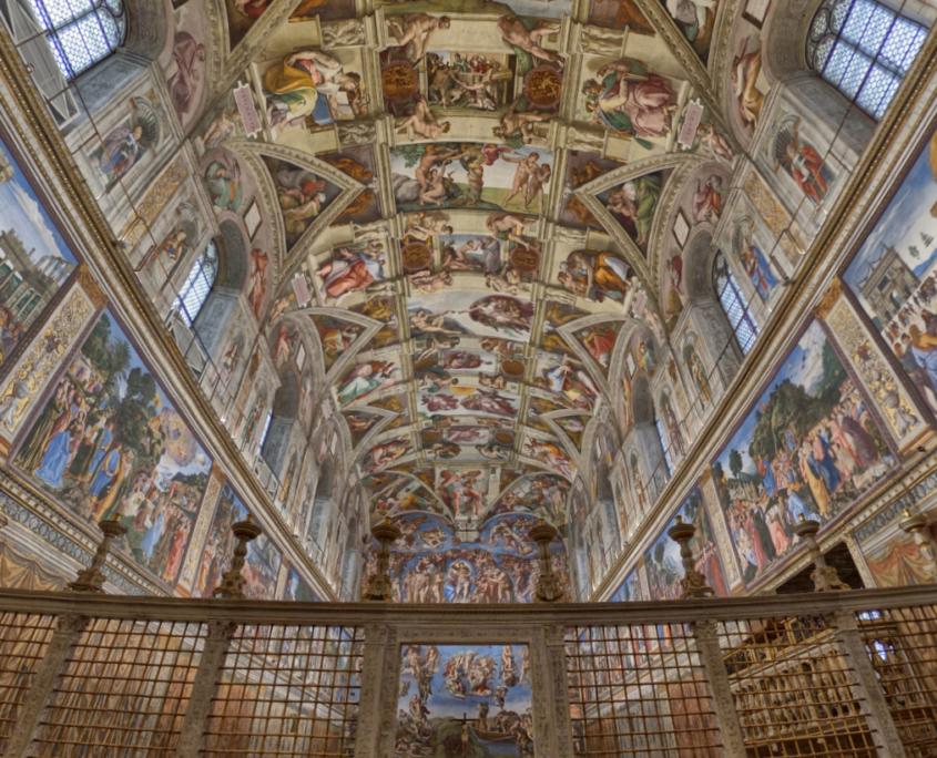 Eine virtuelle Ansicht der Sixtinischen Kapelle durch die 360°-Führung. © Musei Vaticani